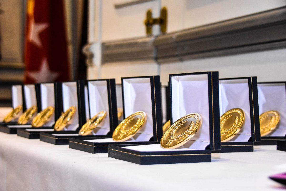 Guillermo Villanueva ganador de la medalla de oro de la asociación Española de profesionales de la imagen